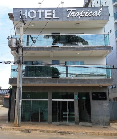 Hotel Tropical Image