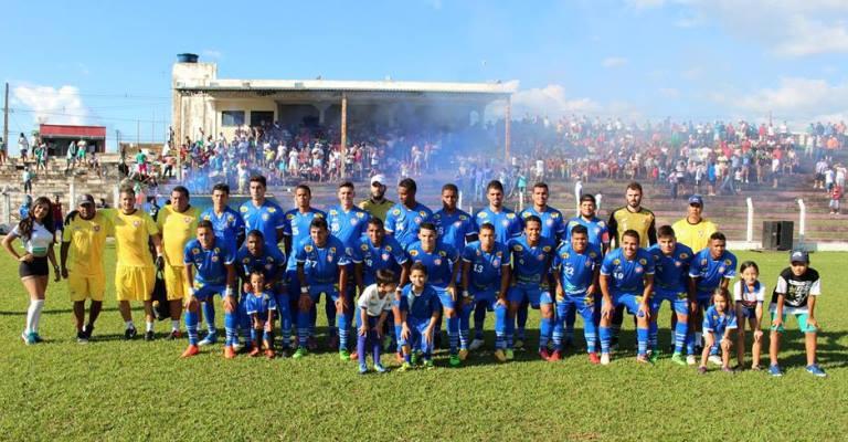 ParacatuFC faz história e torcida mostra sua força no Candangão ... 108b3937f8bbf